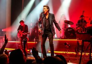 Bryan-Ferry-Live-2015-017